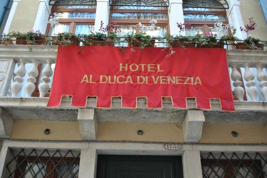 Hotel Al Duca di Venezia : Devant de l'hôtel
