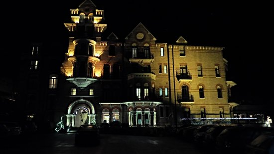 The Petersham Hotel: building by night