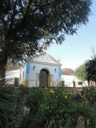 La Paya: la capilla a 50 metros  solamente