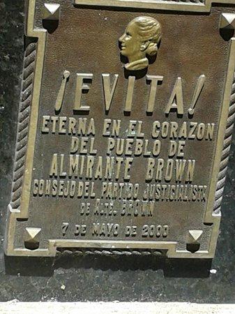 Recoleta: tumulo de Evita.
