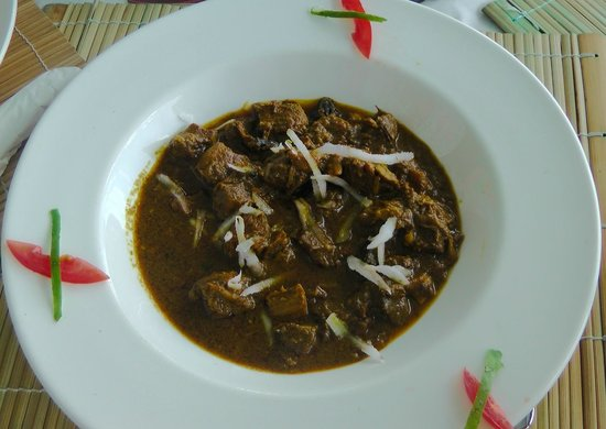 BB's Crabback: Goat meat cooked in curry & coconut milk