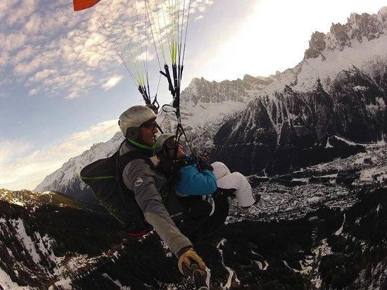 Fly Chamonix - Tandem Paragliding: January 2014 flight