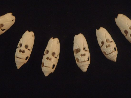 National Museum of Archaeology and Ethnology: Esculturas de calaveras