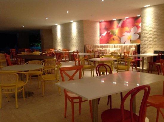 Radisson Cartagena Ocean Pavillion Hotel : Cafe