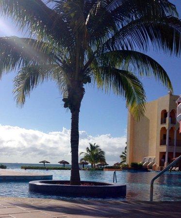 The Royal Haciendas All Suites Resort & Spa: Días soleados.