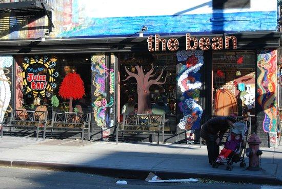 The Bean: Fachada