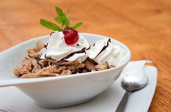 Kobufe: Chestnut Puree with chocolate and cherry