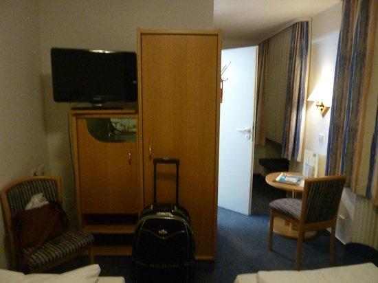 Hotel Pfauen Garni: la camera