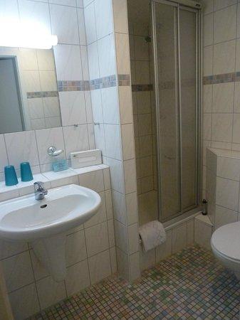 Hotel Pfauen Garni: il bagno