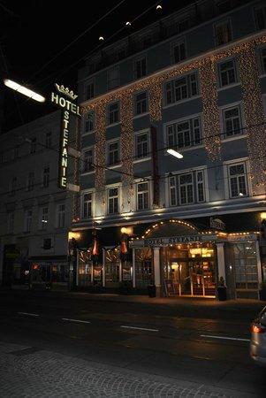 Hotel Stefanie: hotel from outside