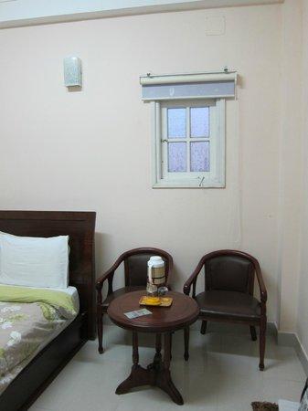Hoan Hy Hotel: room