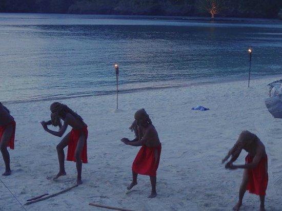 Palau Pacific Resort : Dancers for guest appreciation party