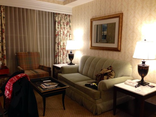The Fairfax at Embassy Row, Washington D.C.: Room 812 / Deluxe Suite - Living Room