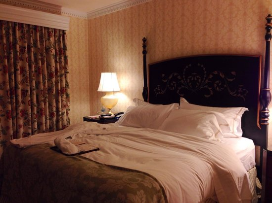 The Fairfax at Embassy Row, Washington, D.C.: Room 812 / Deluxe Suite - King Bed