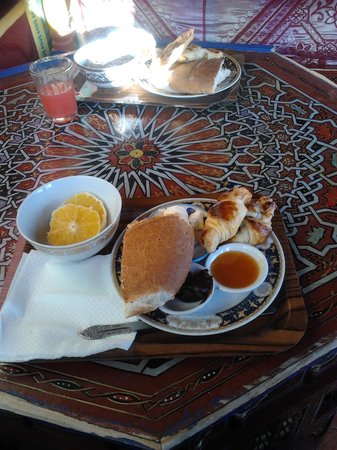 Moroccan House Hotel : Breakfast selection from buffet