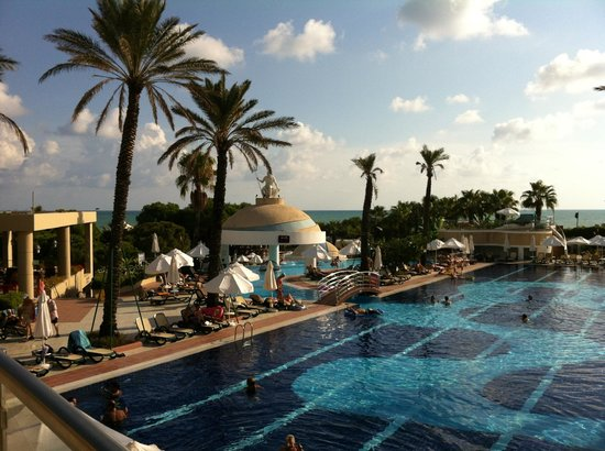 Limak Atlantis Deluxe Hotel & Resort: Poolbereich