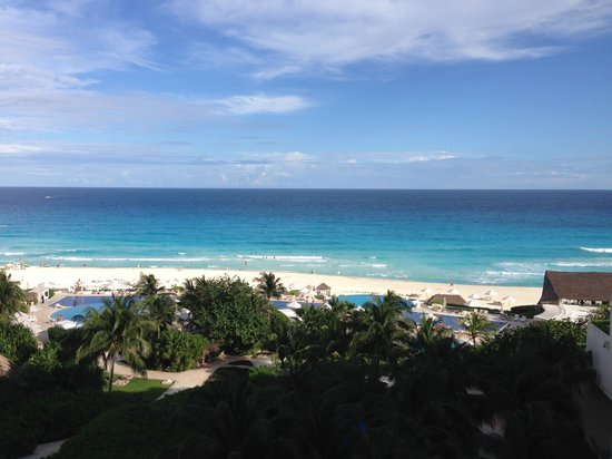 Live Aqua Beach Resort Cancun: View from our 3rd floor room