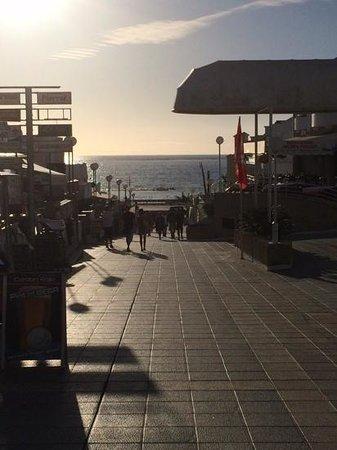Royal Sunset Beach Club : ......the beach