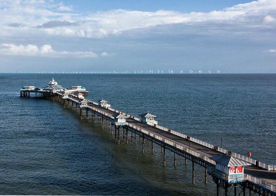 The Imperial Hotel : The pier, LLandudno
