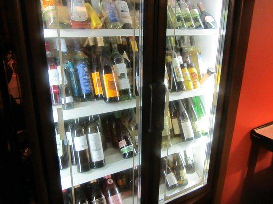 Kühlschrank Getränke : Getränke im kühlschrank bild von almirante funchal tripadvisor