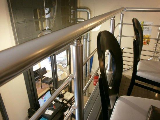 Debin ur Begad : View from mezzanine level - mind your head!
