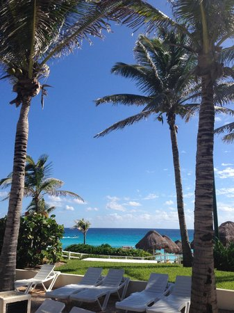 Grand Oasis Cancun : pool/beach