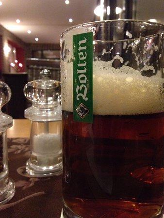 Hotel Burg Wegberg: Frisches Bier