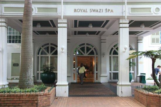 Royal Swazi Spa : L'entrée principale de l'hôtel