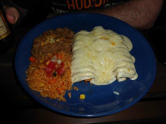 Sunrise Tacos Mexican Grill - Sukhumvit 13 : Enchiladas suizas