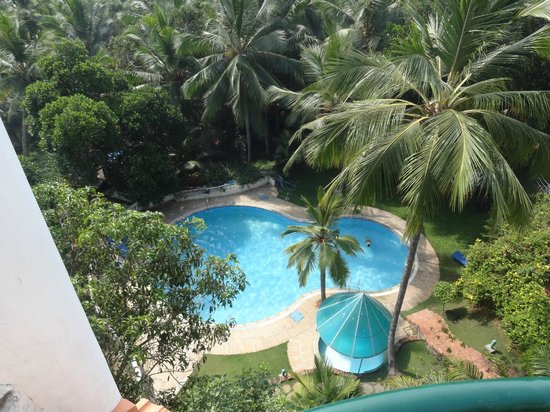 Swagath Holiday Resorts: Pool from rool top restaurant