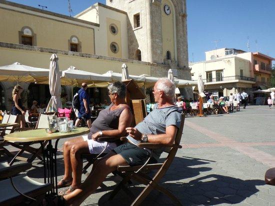 Eleftherias Square : Туристы