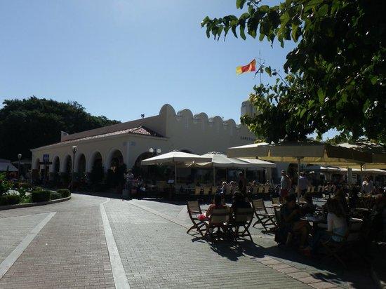Eleftherias Square : Кафешки