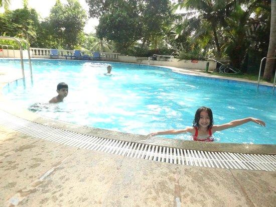 Swagath Holiday Resorts: Swimming Pool