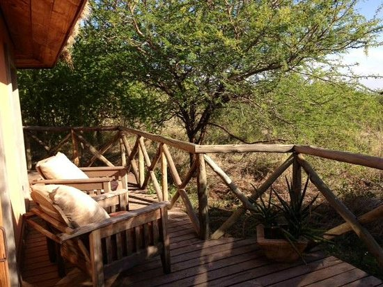 Escarpment Luxury Lodge: Verandah from my villa