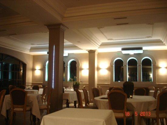 chateau de rochegude salle de restaurant - Chateau De Rochegude Mariage