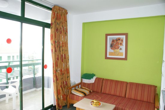 Green Park Apartments : kitchen