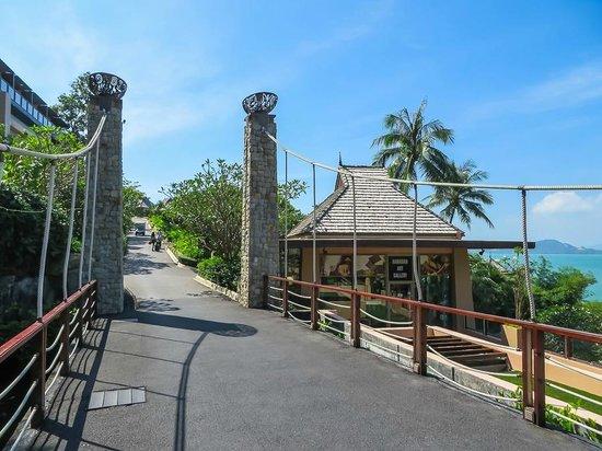 The Westin Siray Bay Resort & Spa Phuket : Art gallery/shops