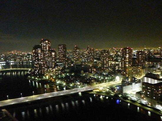 Ginza Creston Hotel : 部屋からの眺め
