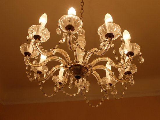 Hotel Beethoven Vienna: This is a beautiful chandelier