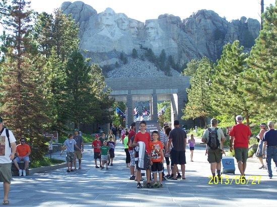 Mount Rushmore National Memorial: American Pilgramage
