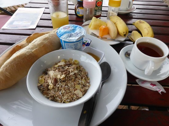 Ban Sabai Riverside Bungalow: Healthy breakfast