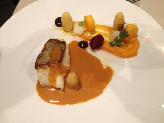 Faculty Club : cod fillet