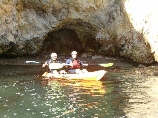 Pismo Beach Surf Shop: Exploring the caves!