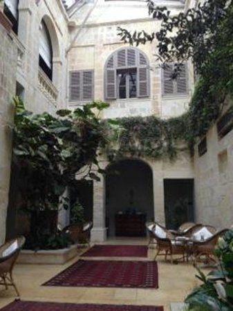 The Xara Palace Relais & Chateaux : The lobby atrium