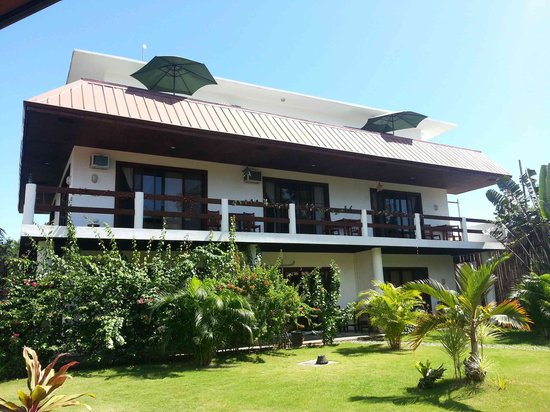 Panglao Palms Apartelle: Accomodation building