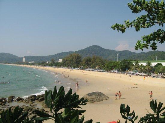Marina Phuket Resort : пляж Карон