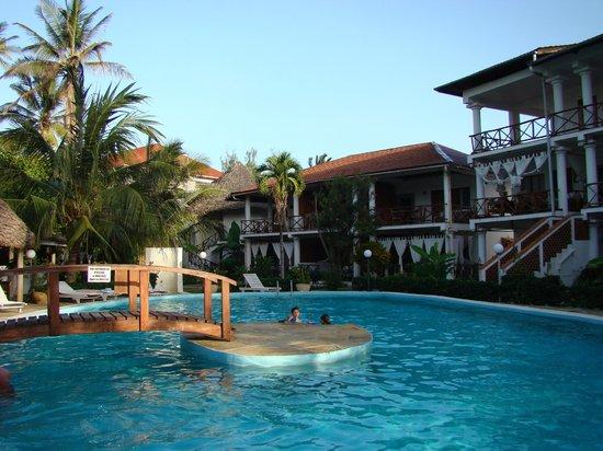 Ascot Residence Hotel: piscina dell'Ascot residence