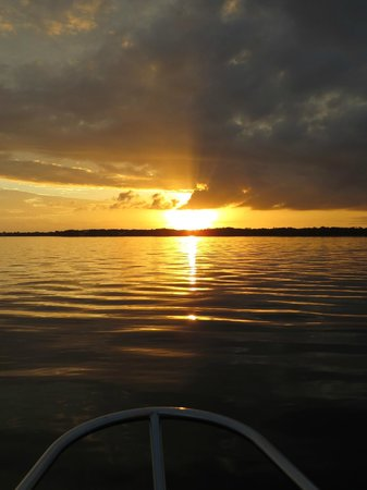 Olde World Sailing Line: Sunset from the bow of the