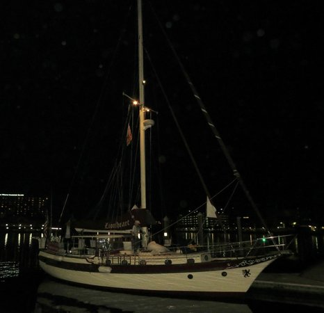 Olde World Sailing Line: Back at dock after our sail.