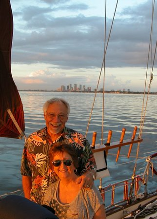 Olde World Sailing Line: Two happy sailors!